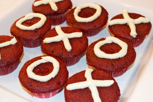 Valentine XO Cupcakes